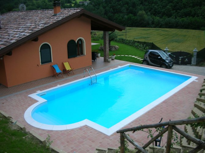 04 4 25 piscine rettangolari for Piscine 04